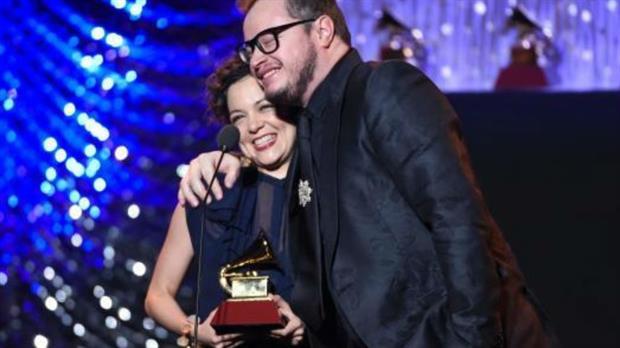 ganadores premios grammy latinos: